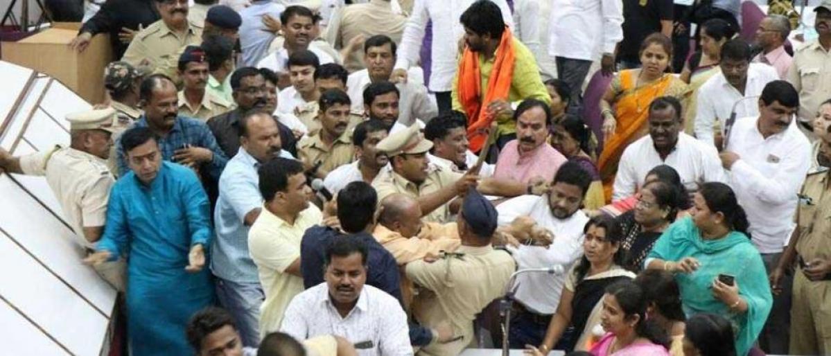 Maharashtra: Ruckus in Aurangabad civic body after corporator duo throws chair at mayor