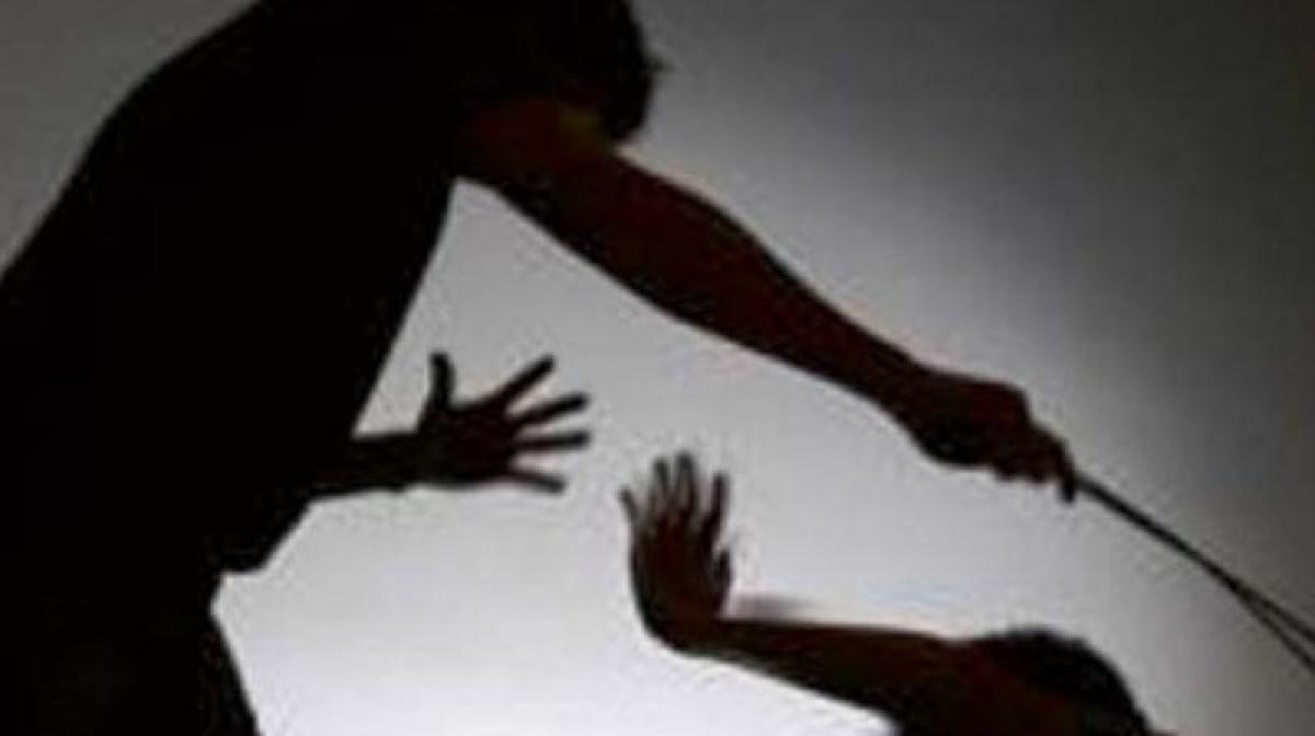 Mentally cderanged woman beaten up Bengal's Jalpaiguri on suspicion of being 'child-lifter'