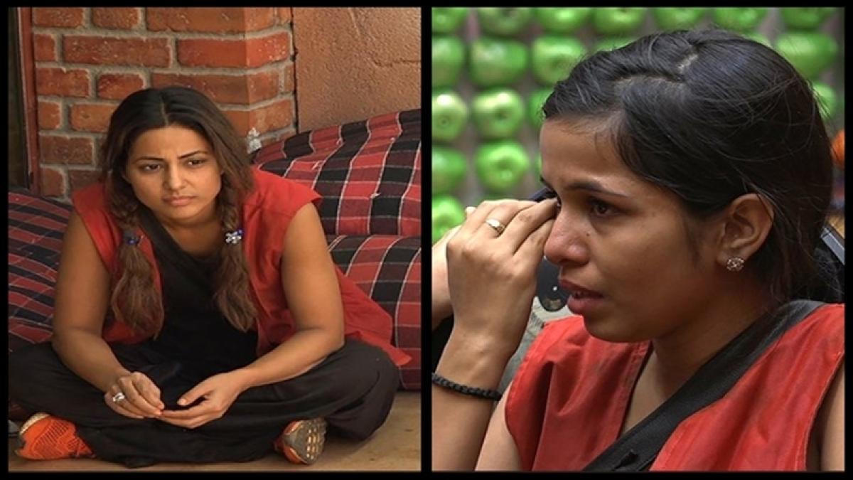 Bigg Boss 11: Dhinchak Pooja breaks down while Hina Khan too cries alone; Day 24 emotions