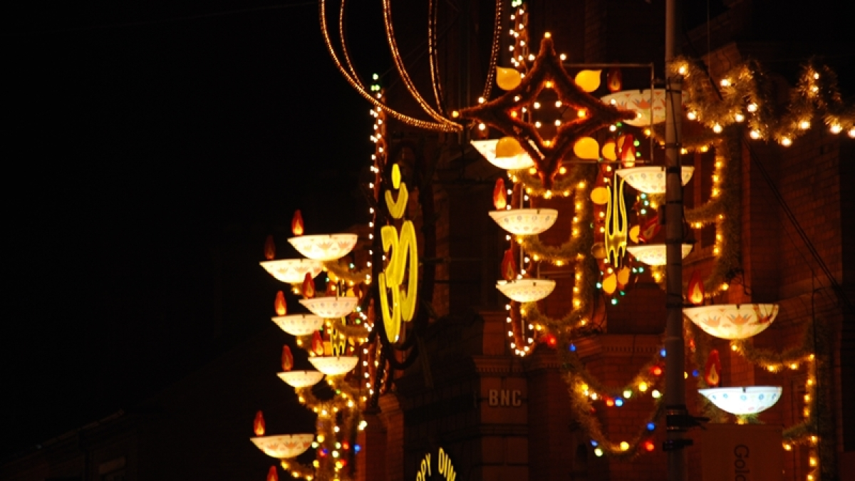 Happy Diwali: Give your home a new look with hi-tech lights