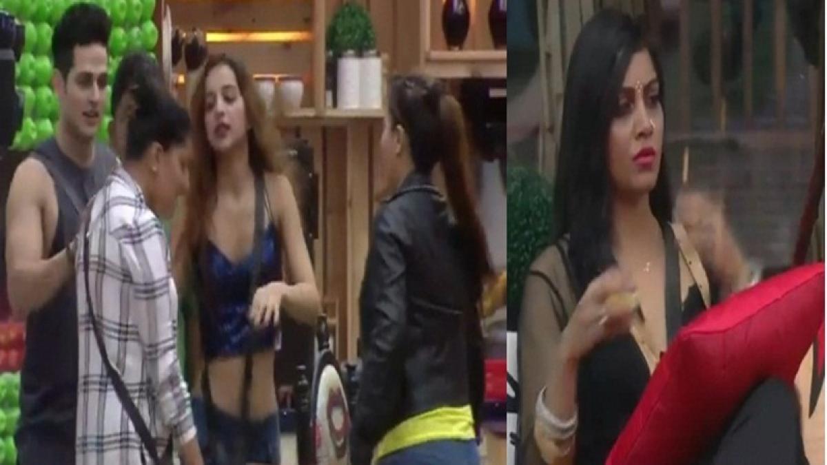 Bigg Boss 11: FIR against Priyank Sharma and Sapna Chaudhary; read full details