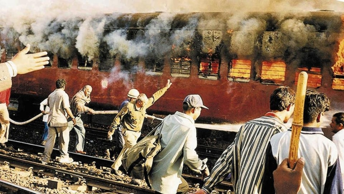2002 Godhra train carnage case: 2 accused get life imprisonment, 3 acquitted