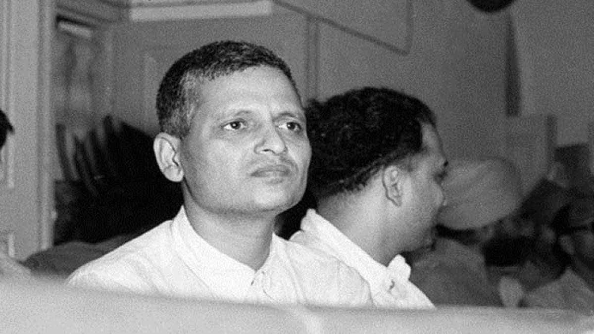 Know about Nathuram Godse, the killer of Mahatma Gandhi