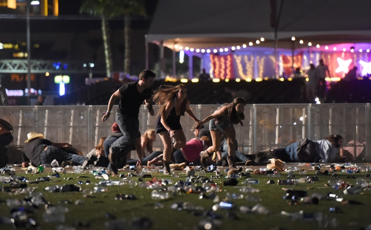 Las Vegas shooting: 58 victims died, over 500 are wounded in deadliest mass shooting in US history