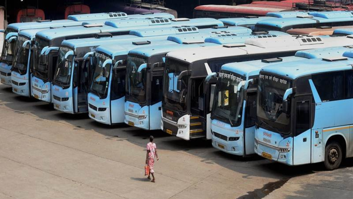Maharashtra: MSRTC plans to deduct salary of striking workers