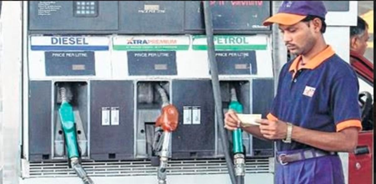Bhopal: State may slash VAT on diesel, petrol today