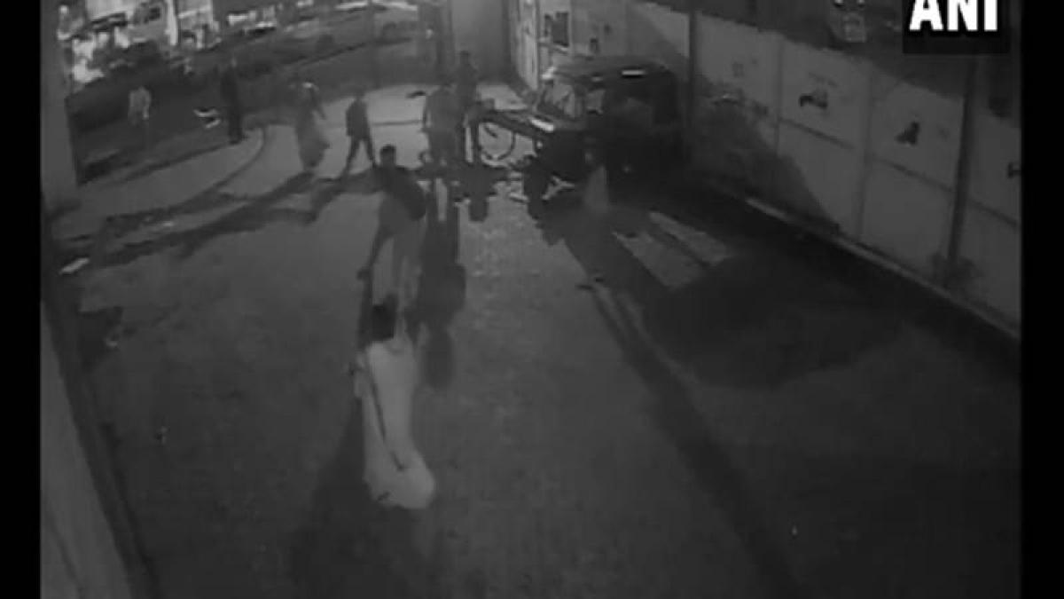 Mumbai Crime: Minor girl allegedly molested, beaten up; incident captured on CCTV