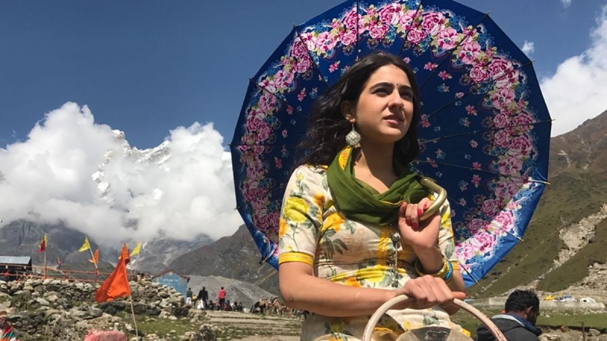 First look: Sara Ali Khan looks eternally beautiful in 'Kedarnath'