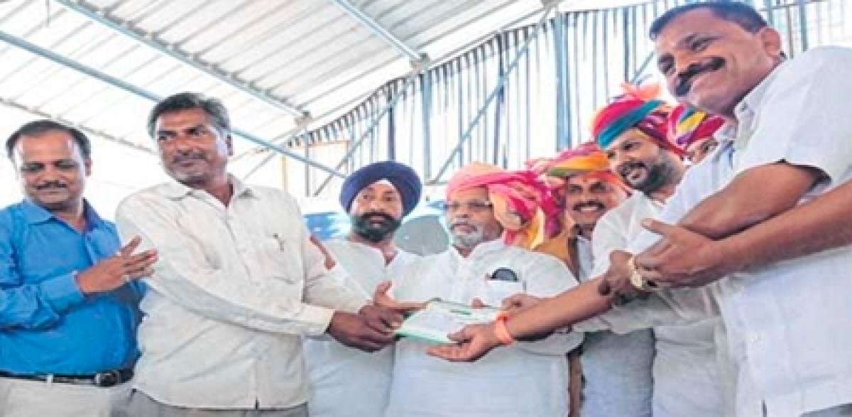 Ujjain: Scheme for farmers inaugurated at Chimanganj Mandi