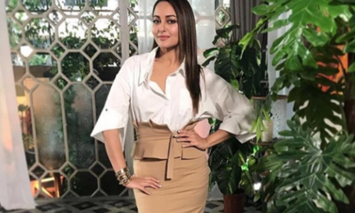 Looking forward to pair up with Aditya Roy Kapur for first time: Sonakshi Sinha