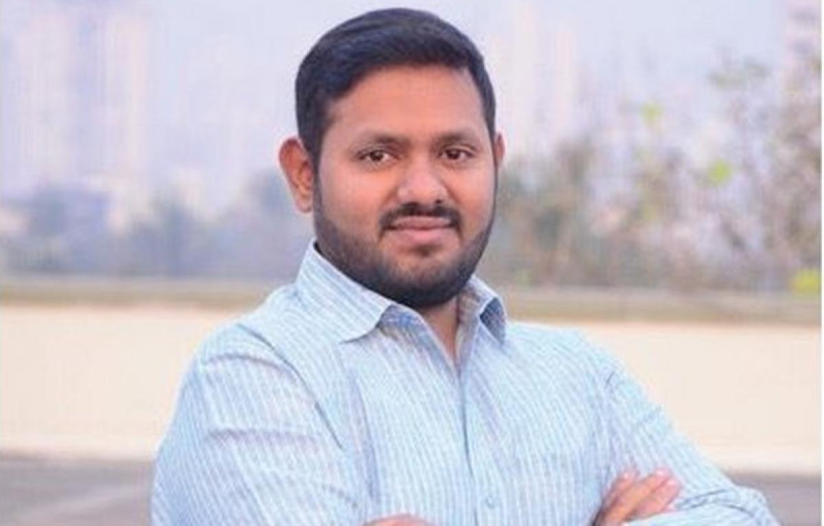 Mumbai: Shiv Sena corporator Amey Ghole wants Dadar, Wadala and Matunga to be declared as no-hawking zones