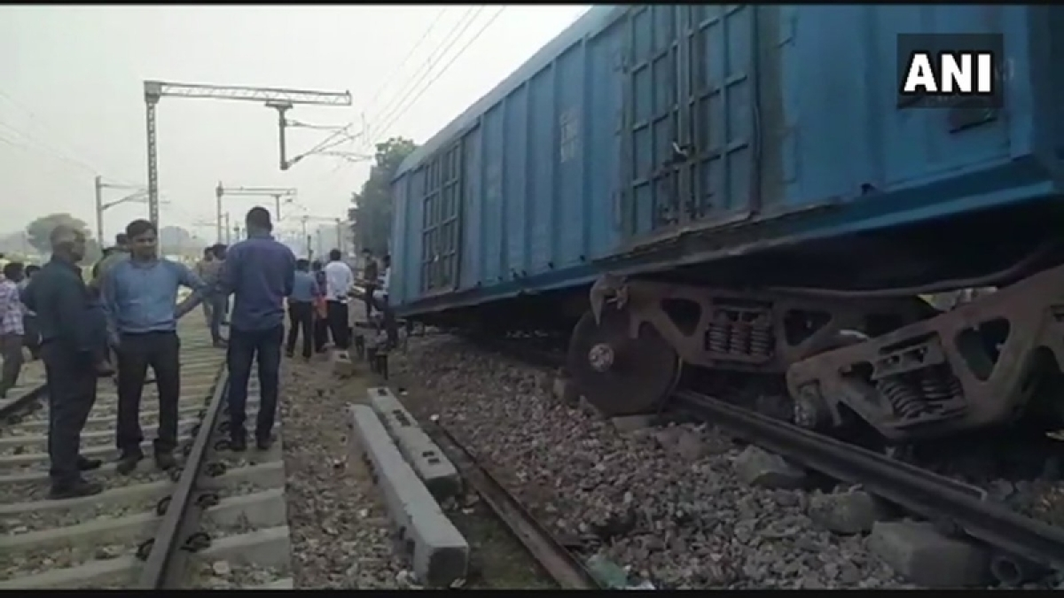 Three coaches of goods train derail in Uttar Pradesh