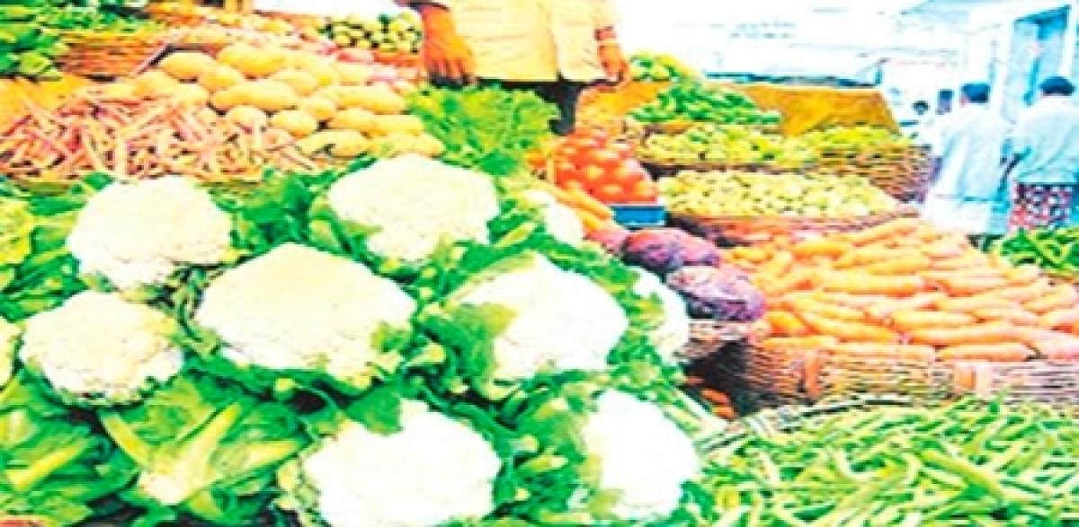 Bhopal: Festive season: Veggie prices soar as supply declines