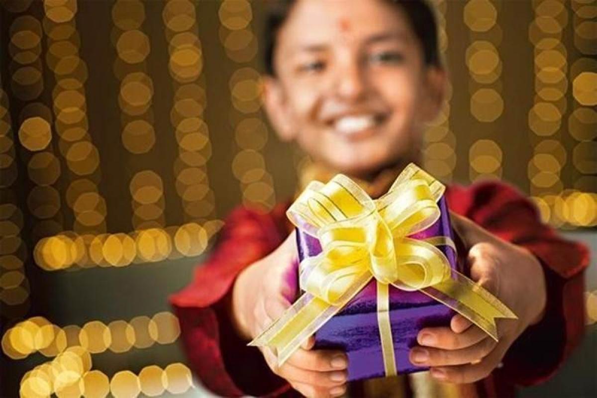 This Diwali, send a smile, online!