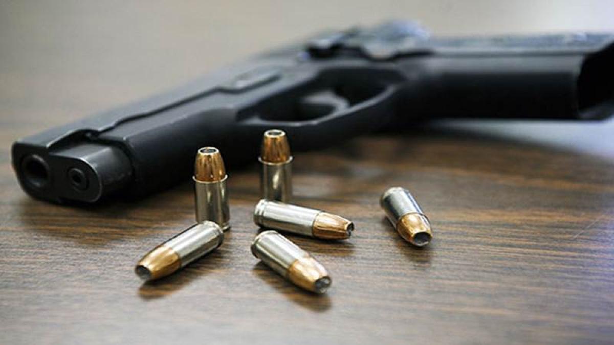Bhayandar cops recover gun dropped by fleeing biker
