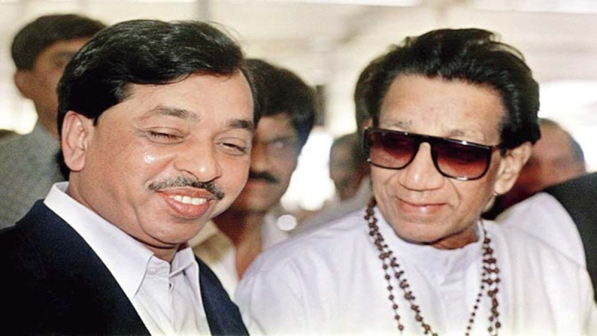 Balasaheb Thackeray takes a at dig at Narayan Rane; watch video here