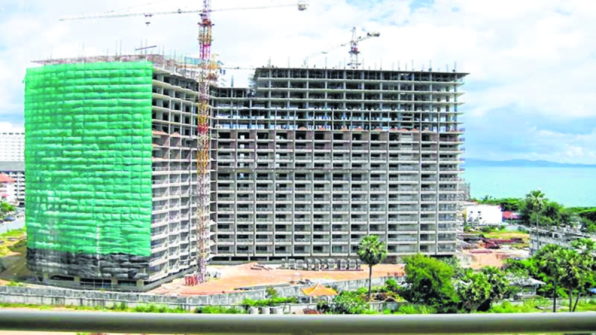 Mumbai: Unique way to report unregistered projects