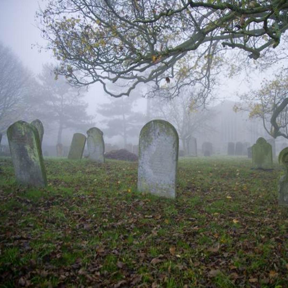 Vatican dig reveals empty graves