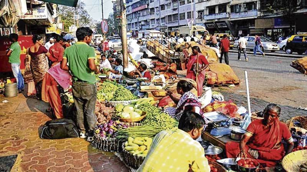 Mumbai: Hawkers set November 1 date for stir against 'illegal' action