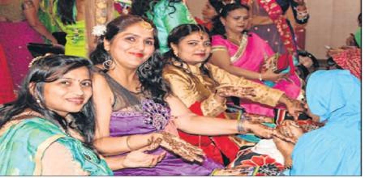 Indore: Karwa Chauth: Indian valentine day for Married women to cherish the bond