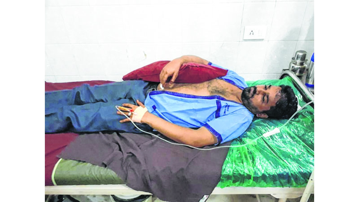 This time around, hawkers attack local MNS leader