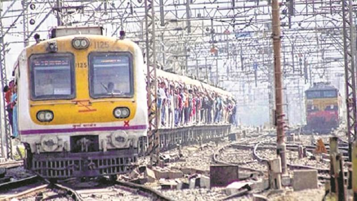 Mumbai: Western Railway services delayed due to technical problem between Andheri and Jogeshwari
