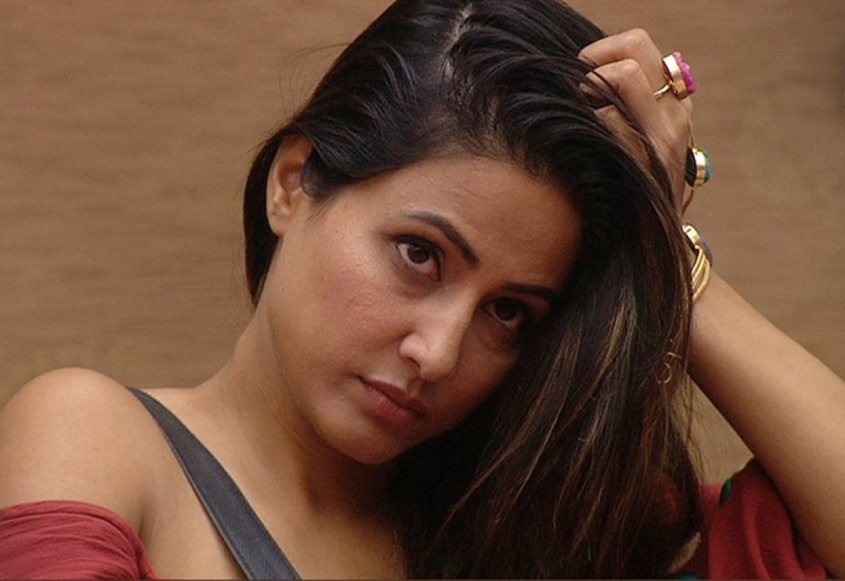 Bigg Boss 11: Prize money becomes zero and Hina Khan finds herself responsible for it; Day 38 drama