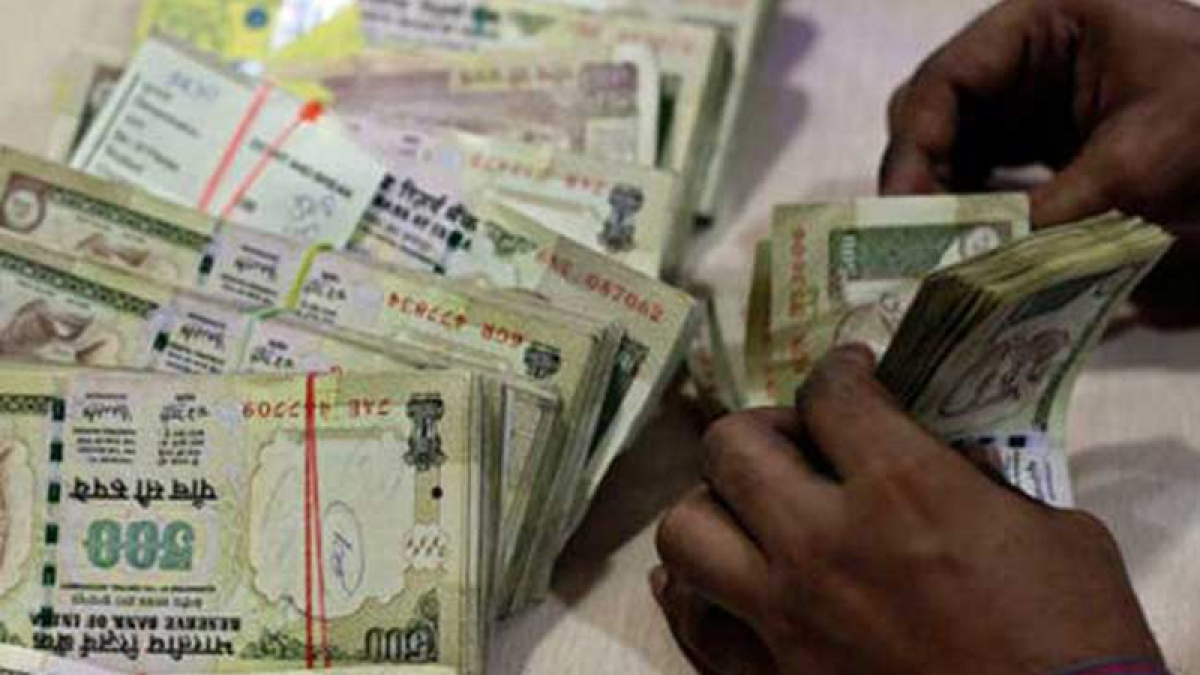 Deregistered cos deposited Rs 17,000 cr post note ban