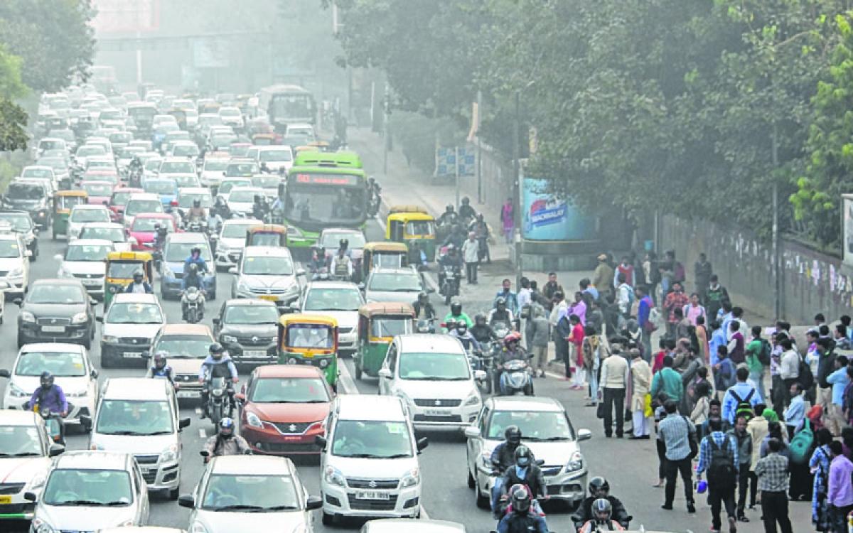 Air pollution: Delhi's 'dust' screen hiding bigger killers