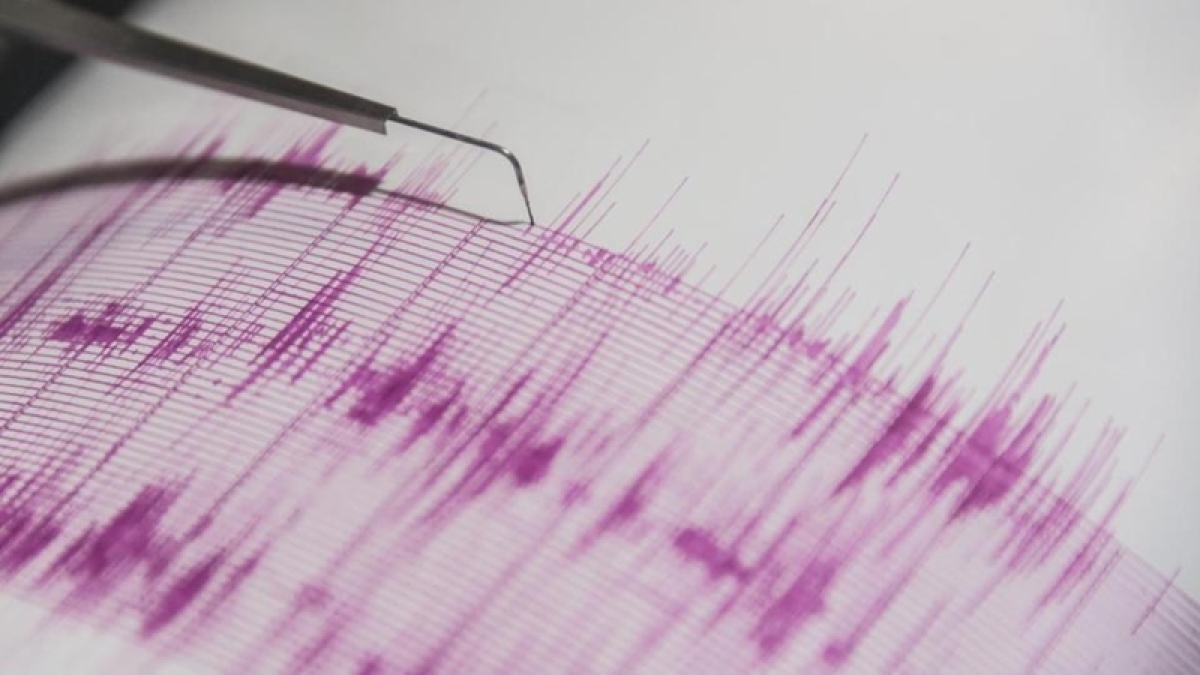 Earthquake measuring 5.1 on richter scale jolts Japan