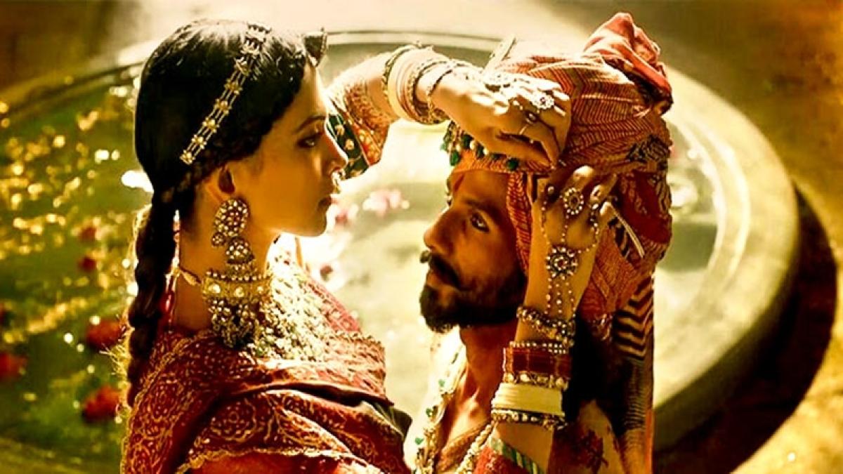 'Padmavati' deferred: Filmmakers question freedom of expression