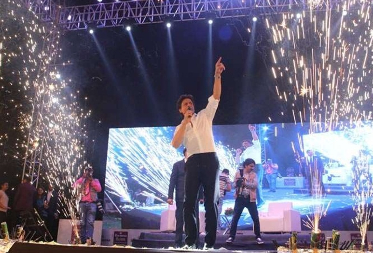 In Pictures: Shah Rukh Khan rocks the stage in Ahmedabad