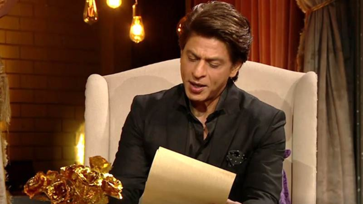 Watch: Deepika gets emotional after Shah Rukh Khan reads her a letter written by her mom