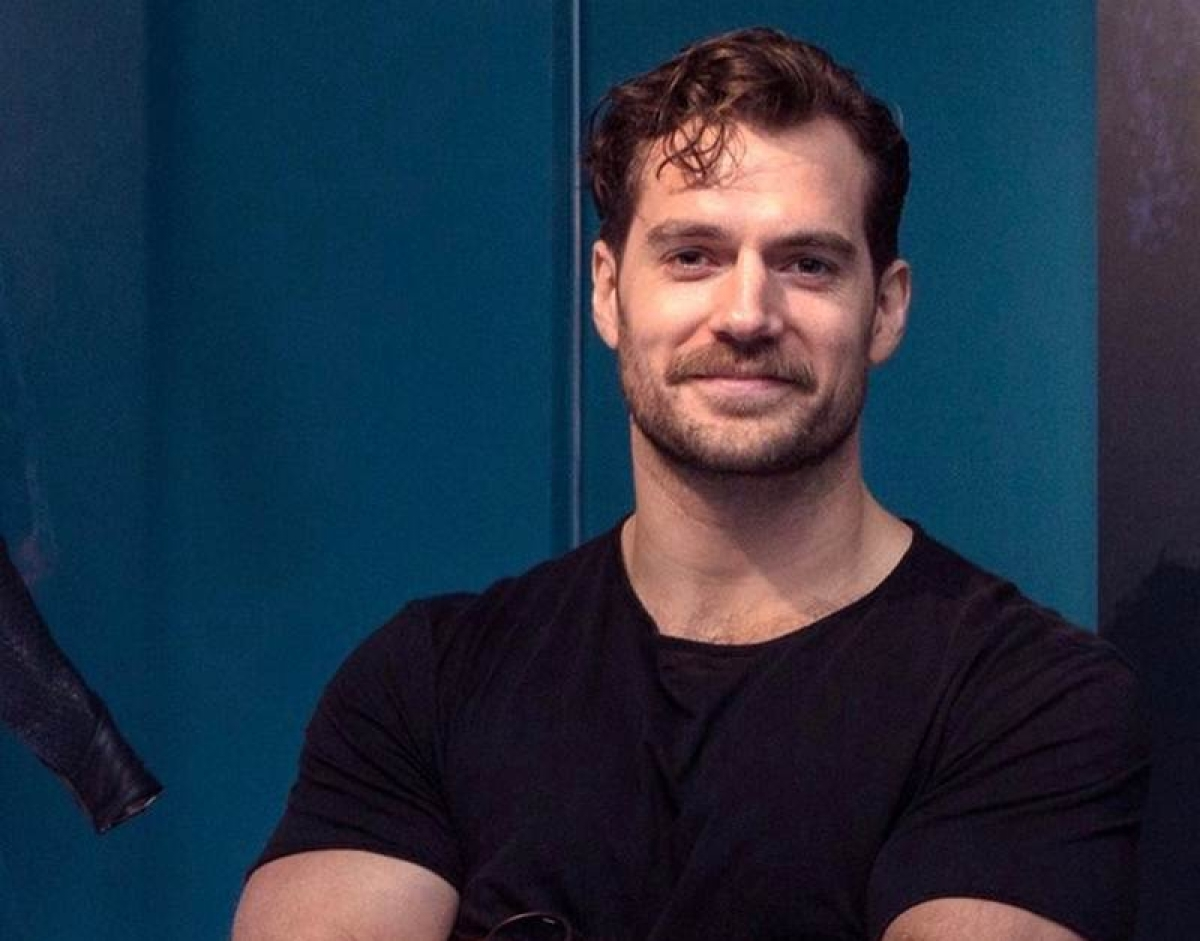 Henry Cavill finds 'Justice League' characters relatable