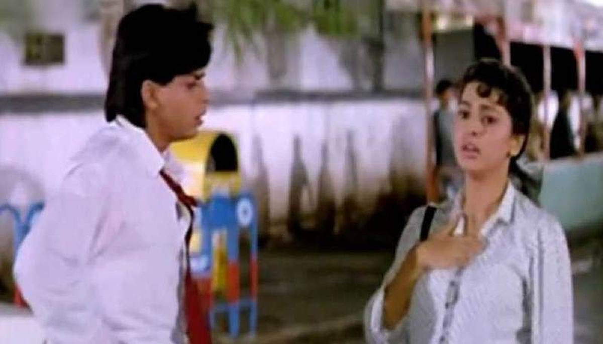 <strong>Shah Rukh Khan portrayed the troubles of the middle-class society earnestly in Raju Ban Gaya Gentlemen</strong>
