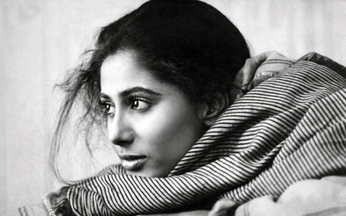 Smita Patil Death Anniversary: 10 throwback pictures of the dusty beauty of Bollywood