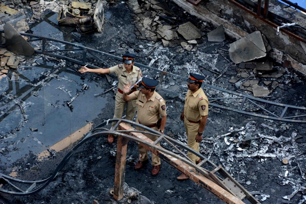Mumbai Kamala Mills fire: Lookout notice issued against accused