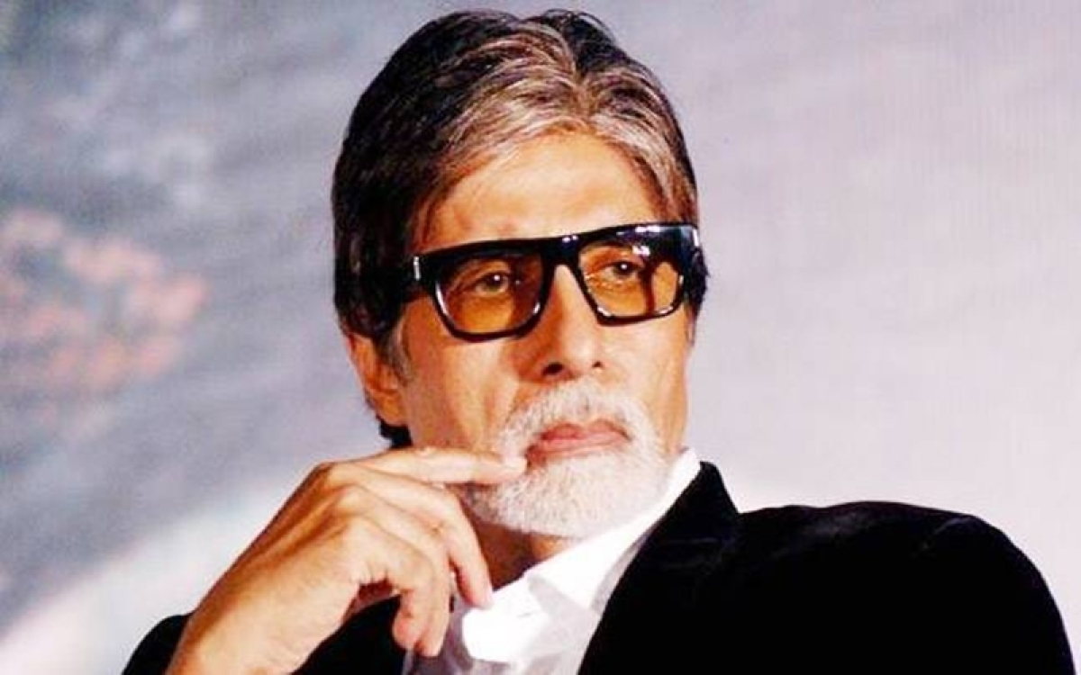 Amitabh Bachchan threatens to quit Twitter after SRK becomes most followed