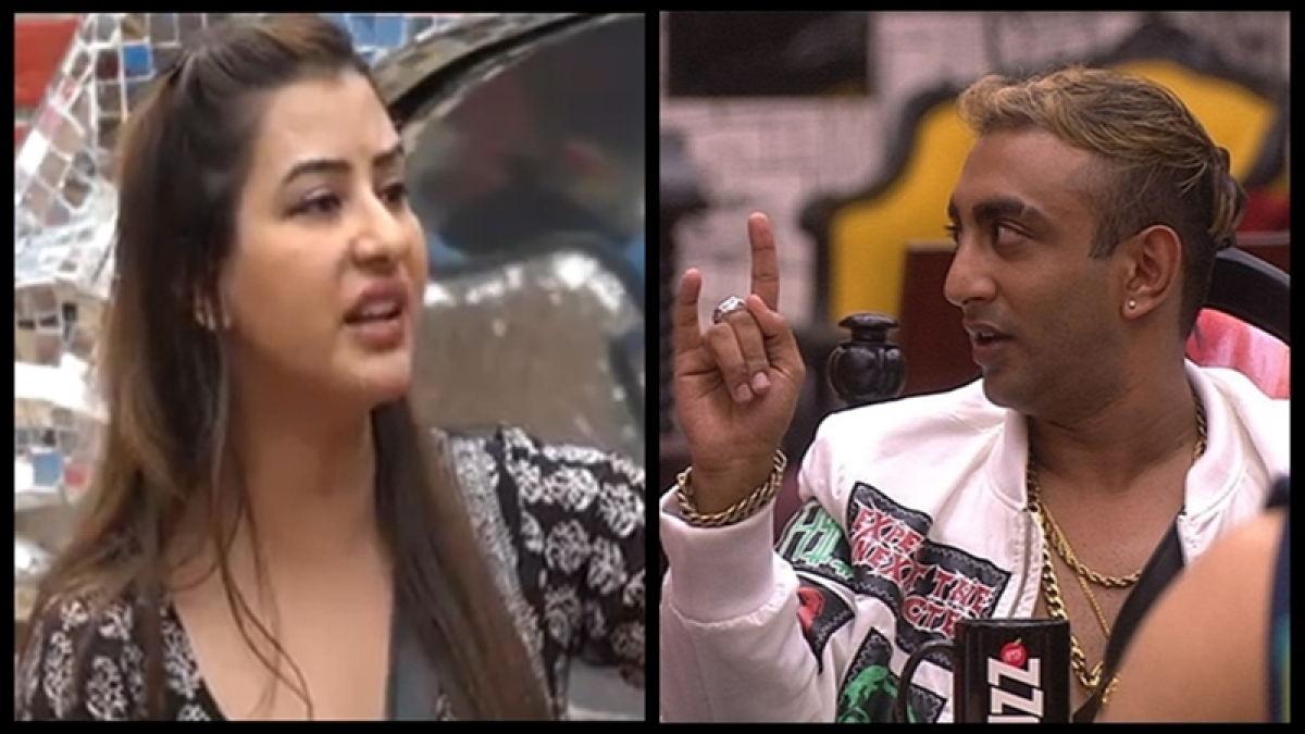 Bigg Boss 11: Shilpa Shinde argues with Akash Dadlani for kissing Arshi Khan on her lips; Day 72 action