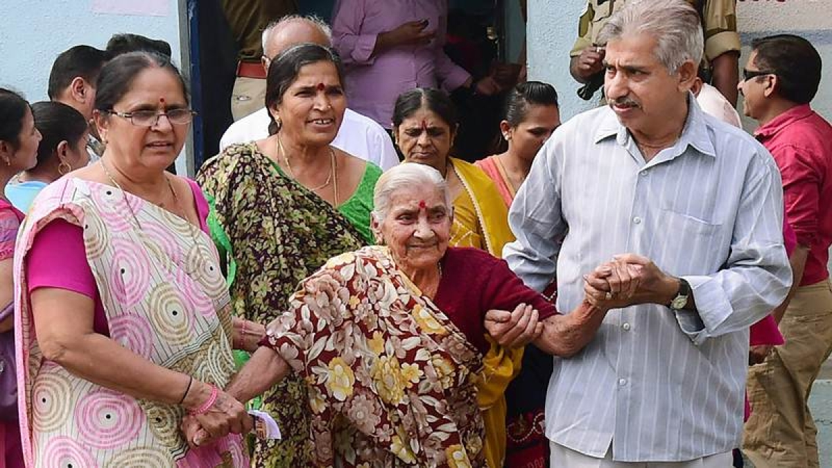 Gujarat Elections 2017: Young and old, brides and grooms — festival of democracy livened up by voters of various hues