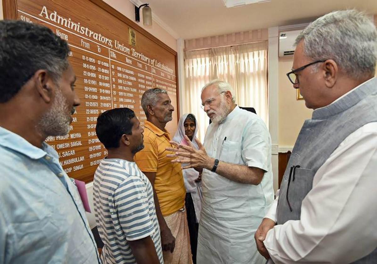PM Narendra Modi visits cyclone-hit Tamil Nadu