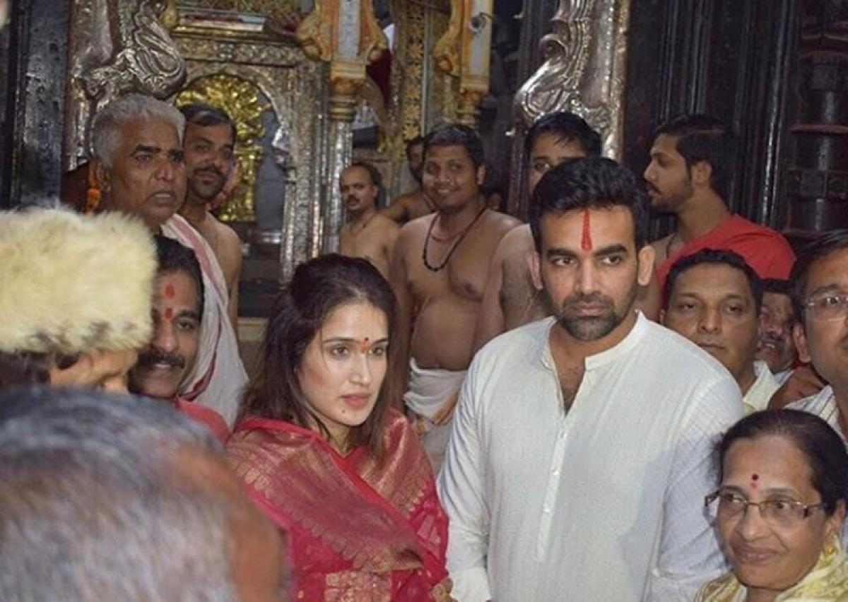 Spotted! Newly-weds Sagarika Ghatge and Zaheer Khan seek blessings at Mahalaxmi temple in Kolhapur