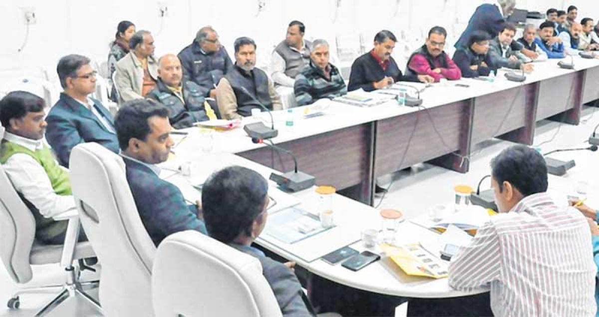Ujjain : Shaiv mahotsav: Collector takes stock of preparation