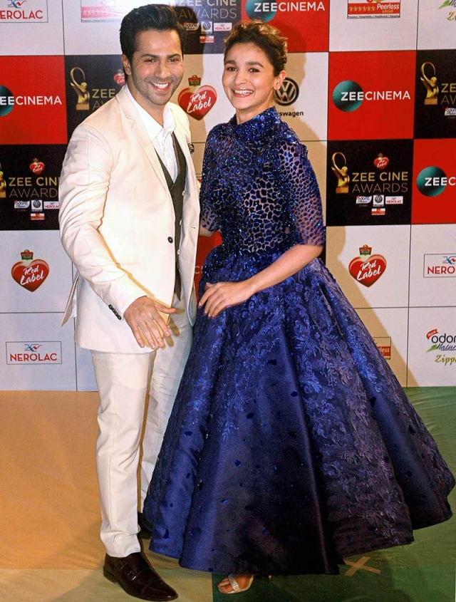 Varun Dhawan and Alia Bhatt pose at the 'Zee Cine Awards 2018' event in Mumbai on Tuesday evening. PTI Photo