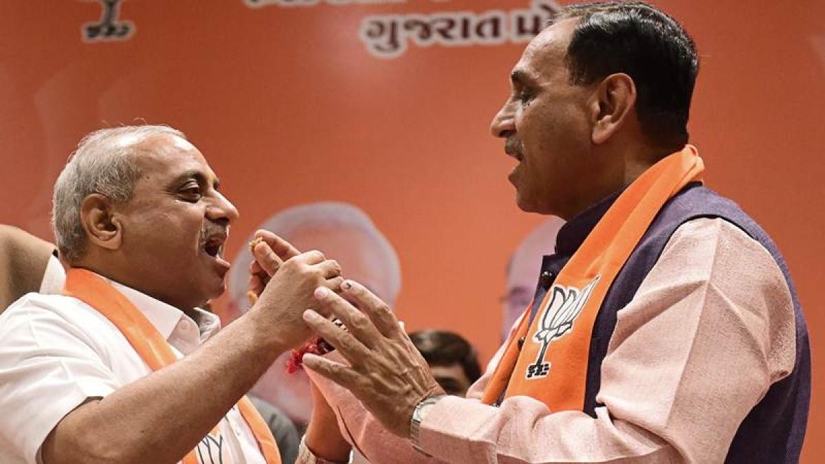 Gujarat: New BJP government to take oath tomorrow