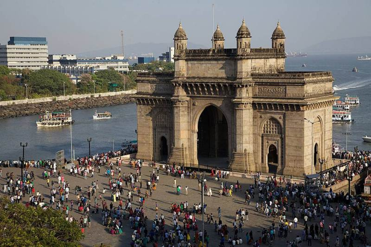 Maharashtra government plans to beautify Gateway of India