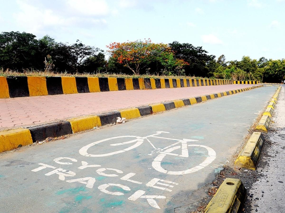 Mumbai: This Sunday, BMC to start Nariman Point-Worli cycling track