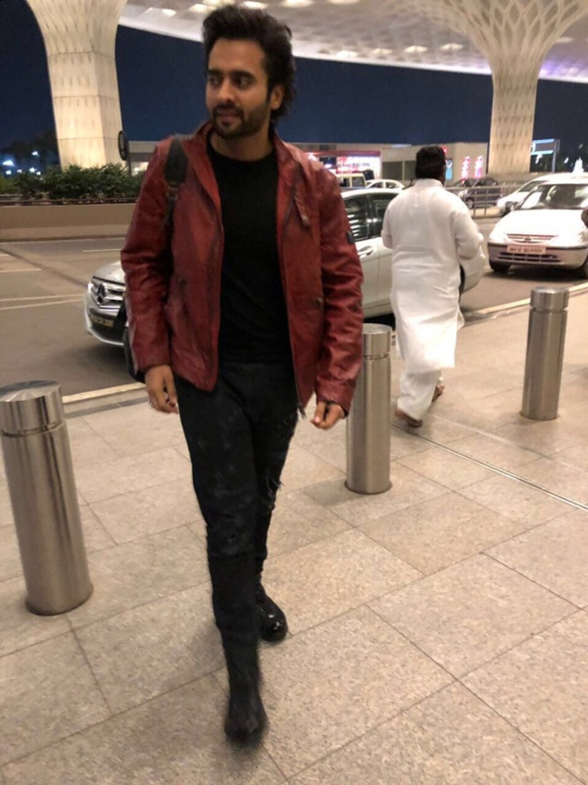 In Pics: Jackky Bhagnani leaves for 3 international tours for New Year bash!