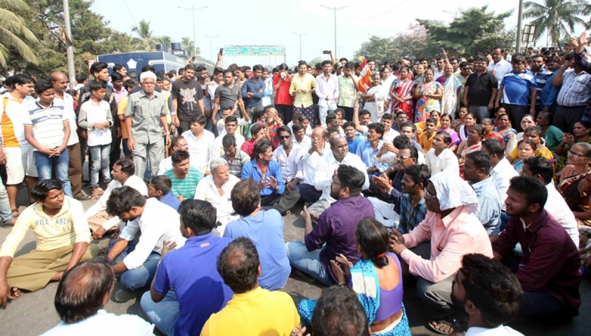 Dalit protests: Centre asks states to take steps to ensure safety of people, property