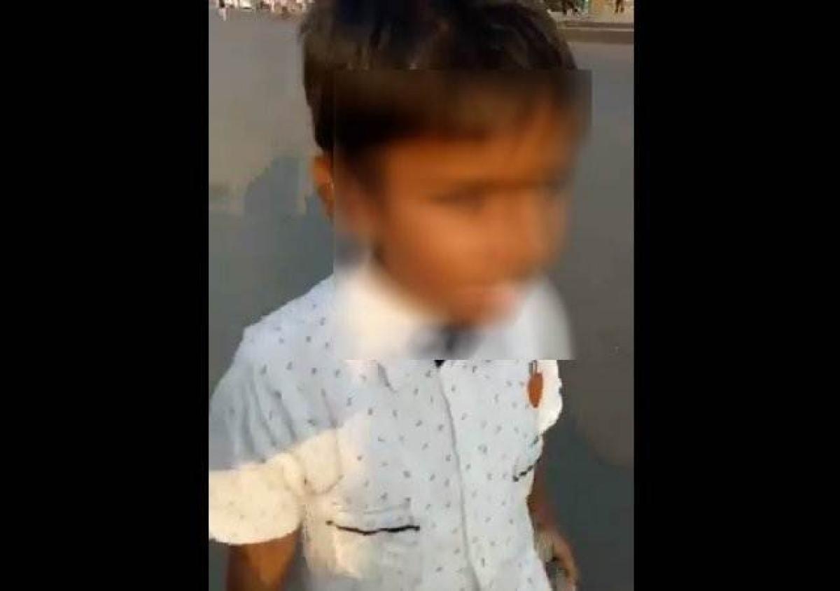 Shocking! Video of a small kid carrying stones during 'Maharashtra Bandh' goes viral
